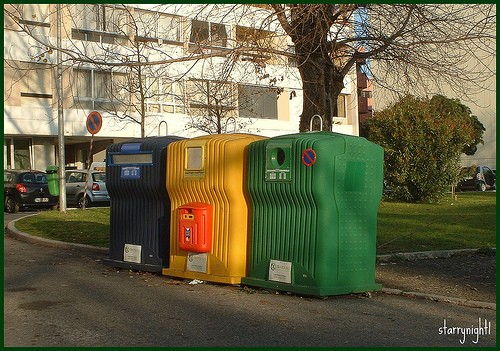 Rifiuti differenziati anche per le batterie - Contenitori rifiuti differenziati per casa ...