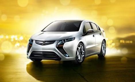 Opel Ampera rivoluziona il mondo delle auto elettriche