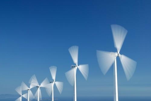 Dalle rinnovabili, entro dieci anni, fino al 50% della domanda energetica italiana