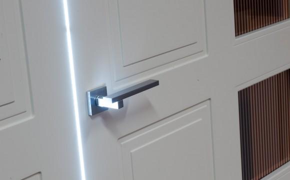 Arriva la porta interna alimentata dalla luce