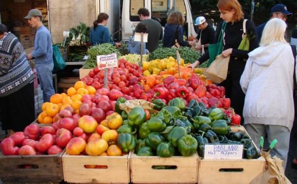 A Lorenteggio SIA inaugura il green market