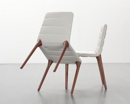 Salone del Mobile 2013: legno e tecnologia rappresentano il nuovo design
