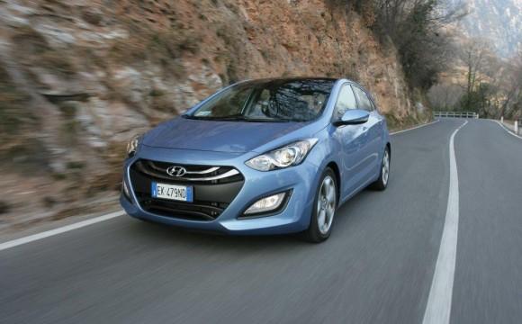 Hyundai abbatte le emissioni con la nuova gamma Econext