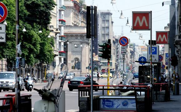 Milano: Comune, con Area C 41 mila auto in meno ogni giorno in centro
