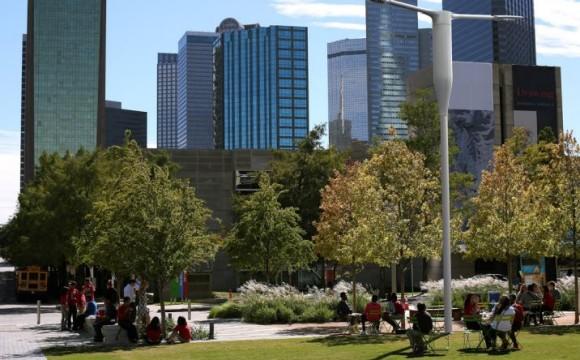 Ericsson e Philips insieme per illuminare le città in modo intelligente