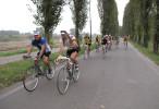 L'impavida, cicloturistica lungo gli argini del Po con biciclette d'altri tempi