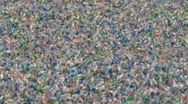 L'Italia consuma 6 miliardi di bottiglie di plastica in un anno