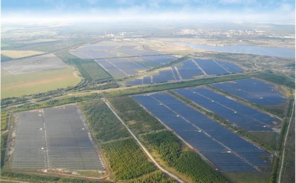 Canadian Solar si aggiudica il premio per il Progetto Fotovoltaico dell'anno