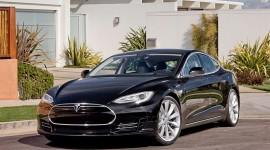 Tesla Model S. Il lusso dal cuore green