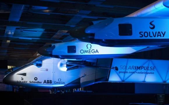 Solar Impulse 2: l'aeroplano che compirà il giro del mondo ad energia solare.