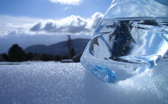 1L Easy,  prima bottiglia con emissioni di CO2 completamente compensate